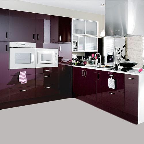 muebles-de-cocina-color-berenjena-brillante_5
